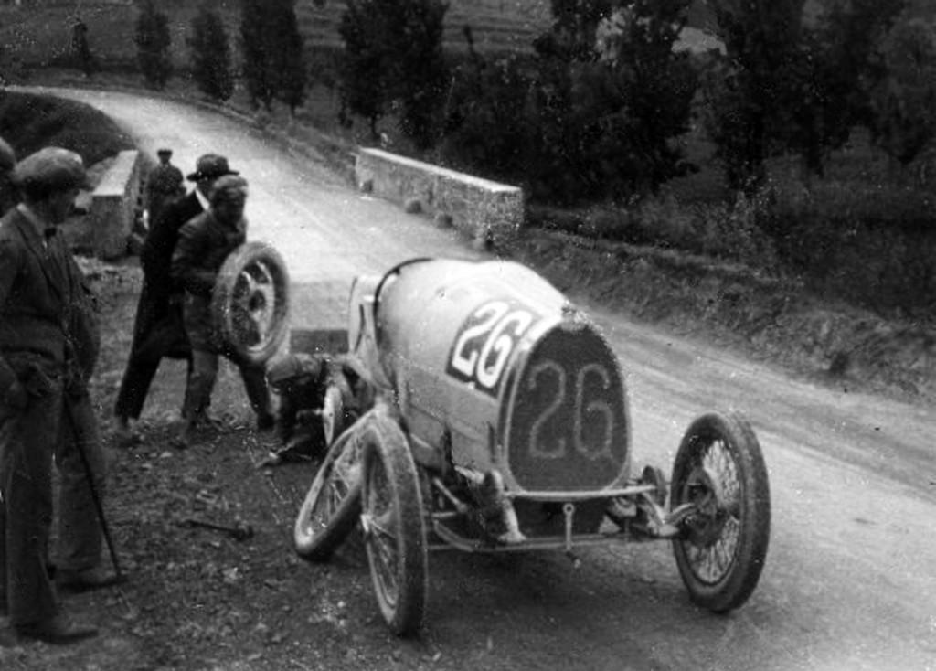 Coppa-25-spinozzi-bugatti